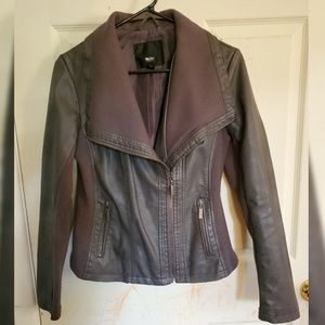 Cozy Gray Faux Leather Jacket Size S